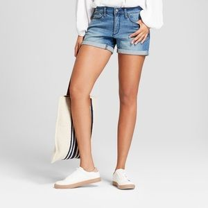 Universal Thread Mid Rise Midi shorts size 27/4
